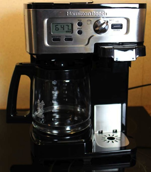 Coffee Maker Not Starting : Review of the Hamilton Beach 2-Way FlexBrew Coffeemaker - Kendall Giles