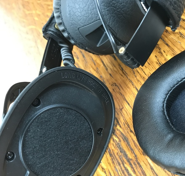 Review Marshall Monitor Bluetooth Wireless Over Ear