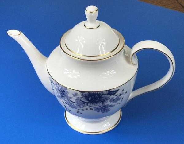 lenox_teapot_angle