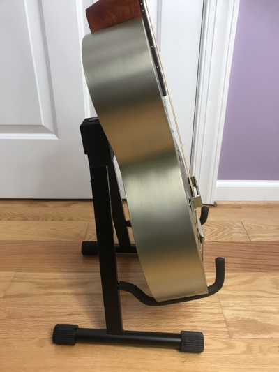 aframe_guitar_stand_acoustic_side
