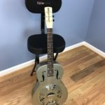 guitar_chair_front_500