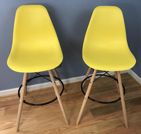 lemon_chairs_assembled_600