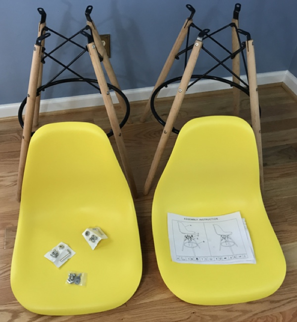 yellow_chairs_package_contents_600