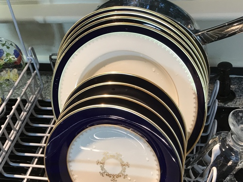 dish_rack_plates
