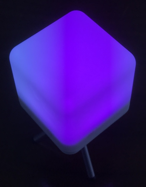 moodx_light_blue_stand