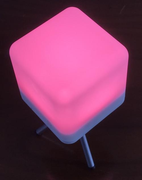 moodx_light_pink2_stand