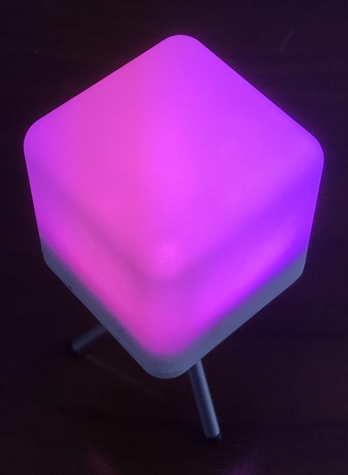 moodx_light_pink_stand
